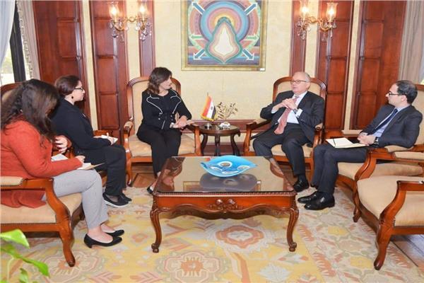 «وزيرة الهجرة» و «سفير إيطاليا» يبحثان إحياء جذور الجالية الإيطالية بمصر