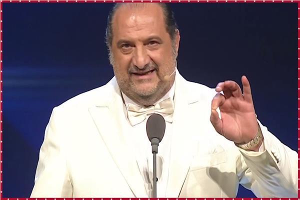 «امضي» خالد الصاوي يقدم «سكيتش الممثل والمنتج» بافتتاح «القاهرة السينمائي»