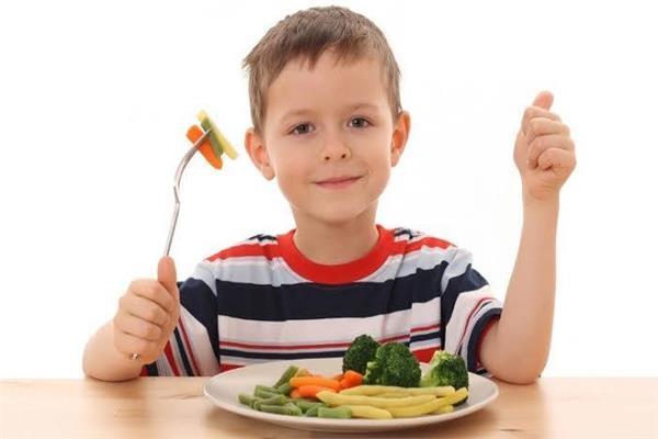 لصحة طفلك عناصر أساسية في وجبات «الإفطار والغذاء والعشاء»
