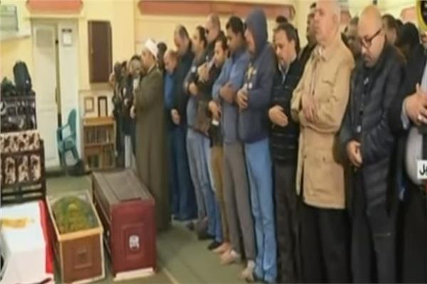 فيديو صلاة الجنازة على جثمان الفنانة ماجدة الصباحي