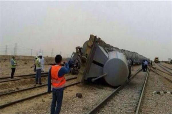 لا وفيات والإصابات خفيفة.. «النقل» تكشف خسائر انقلاب قطار مطروح