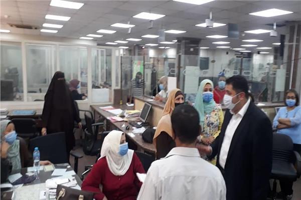 نائب محافظ القاهرة يتفقد المركز التكنولوجي بالمنطقة الشمالية