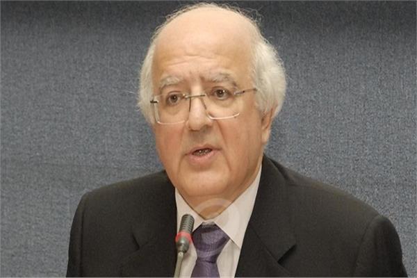 فيديو أول تعليق من مستشار الرئيس اللبناني على أسباب استقالة وزير الخارجية