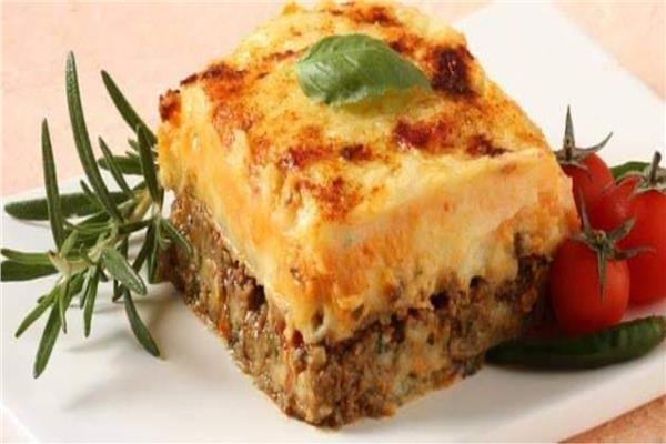 «طبق اليوم» صاج البطاطس باللحمة المفرومة