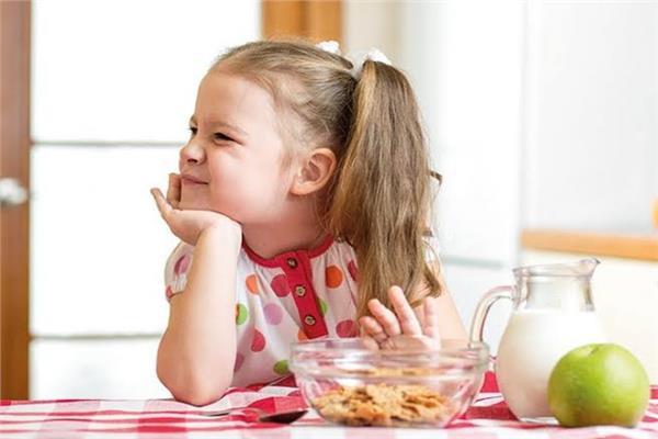 أهمها شرب الحليب أشهر أسباب نقص الشهية عند الأطفال