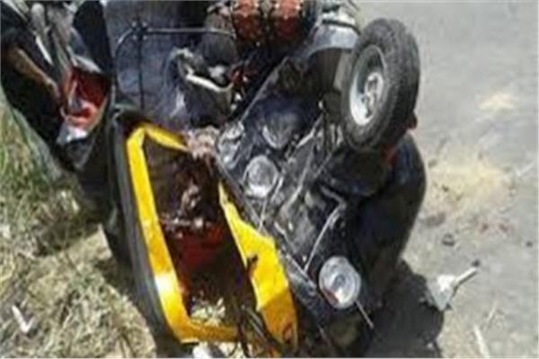 إصابة 4 أشخاص في انقلاب توك توك في بني سويف
