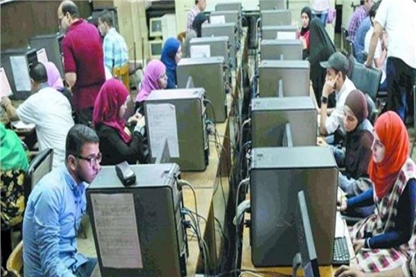 التعليم العالي: 8000 طالب وطالبة يسجلون في تنسيق الشهادات المعادلة العربية والأجنبية