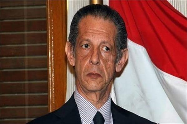 """حزب الوفد: انعدام القرارات الصادرة عن الهيئة العليا.. و""""أبوشقة"""" باق في منصبه"""