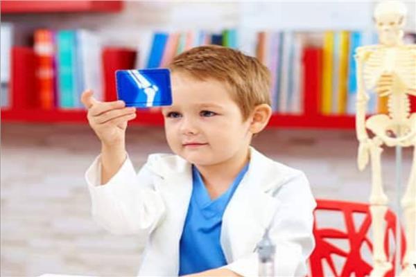 اليوم العالمي لهشاشة العظام 270 عظمة في جسم الأطفال و206 بالكبار