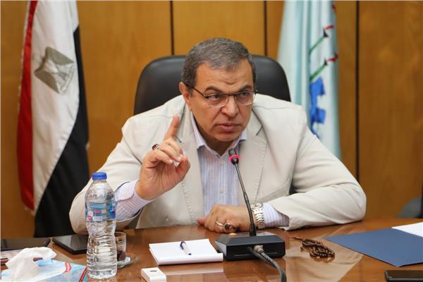 فيديو وزير القوى العاملة يكشف تفاصيل إقالة معاونه المتجاوز في حق الكويت