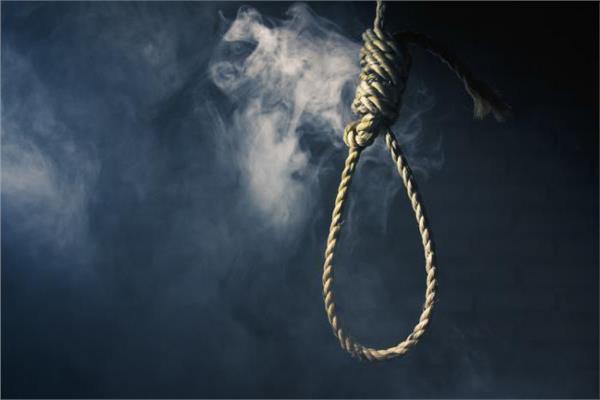 جريمة بشعة إعدام شاب قتل والده وزوجته الحامل في الأردن