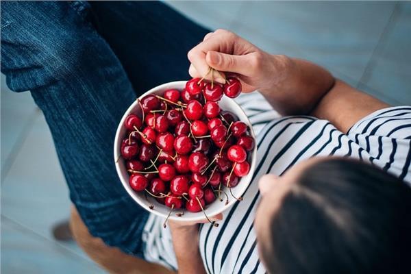 رحلة إنقاص وزنك نجمة الصيف فاكهة «الكرز»