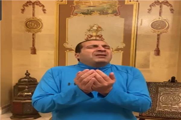 عمرو خالد ودعاء مؤثر ليلة ٦ رمضان   فيديو