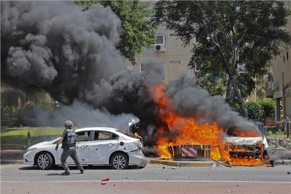 بالفيديو  إحراق مطعم بعكا.. واشتباكات بين الفلسطينيين وقوات الاحتلال بحيفا