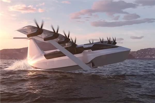 «قارب طائر كهربائي» يطير بسرعة 180 ميلاً في الساعة   فيديو