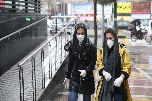 إصابات كورونا في إيران تتخطى للمرة الأولى عتبة 30 ألفا