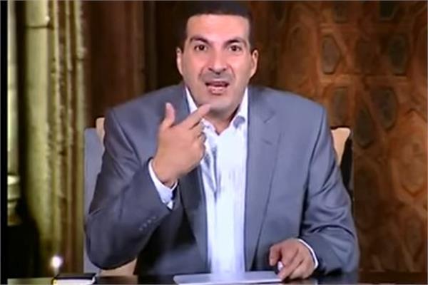 شاهد عمرو خالد ينسحب من قناة إخبارية ويترك الاستوديو إعرف السبب