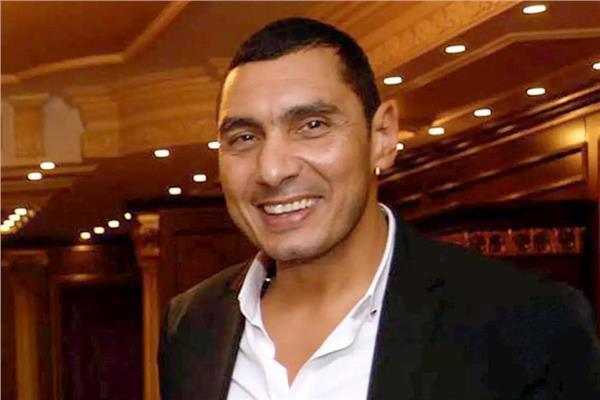 جوهر نبيل أمال كبيرة معلقة في لاعبين كرة اليد لتحقيق ميدالية بالبطولة