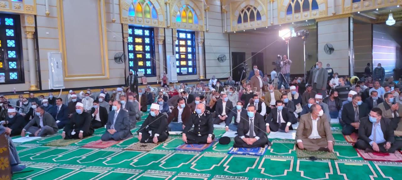 وزير الأوقاف ومحافظ أسيوط يفتتحان مسجد الأمير سنان بديروط