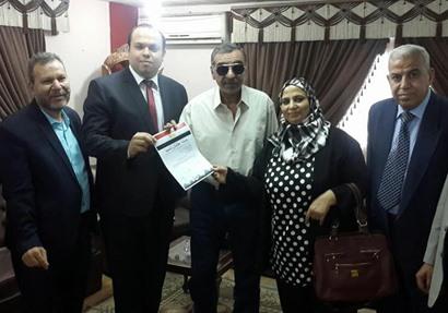 4 رؤساء أحياء بالقاهرة يوقعون استمارة «علشان تبنيها»