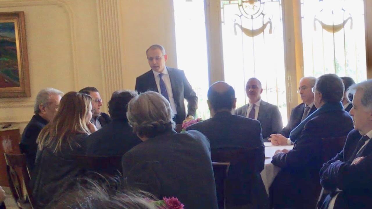 سفير مصر ببيروت يعرض الفرص الاستثماريةعلي 50 مستثمراً